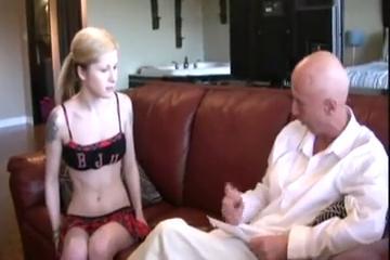 Порно звезда делает шикарный минет смтреть онлан бесплатно